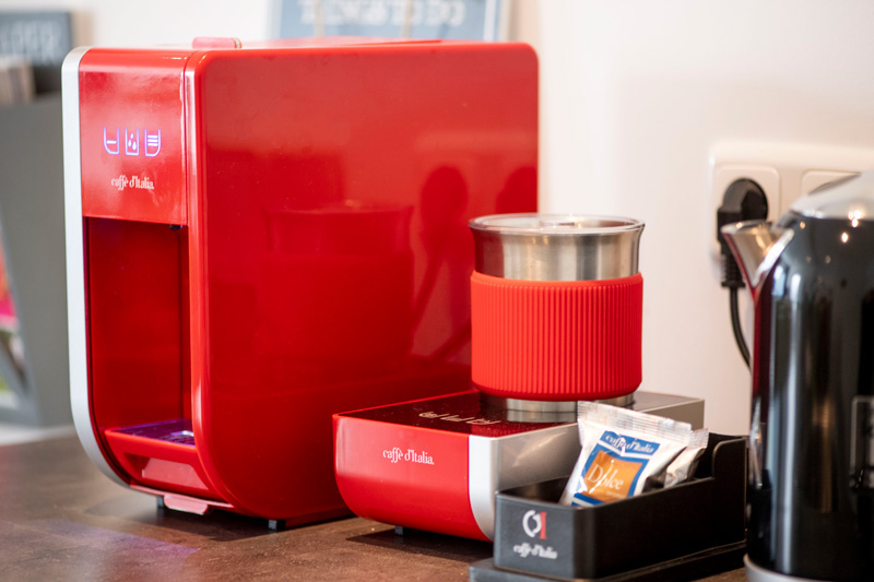 Koffiemachine huiskamer Magica Mago rood